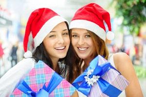 Подарки подруге на Новый 2019 год: что подарить, идеи рекомендации